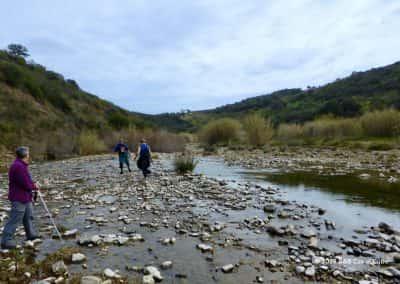 Ribeira do Alportel, wandelaars, oversteek, vallei