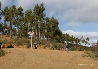 splitsing wegen, stuwmeer, Cachopo, wandelaars