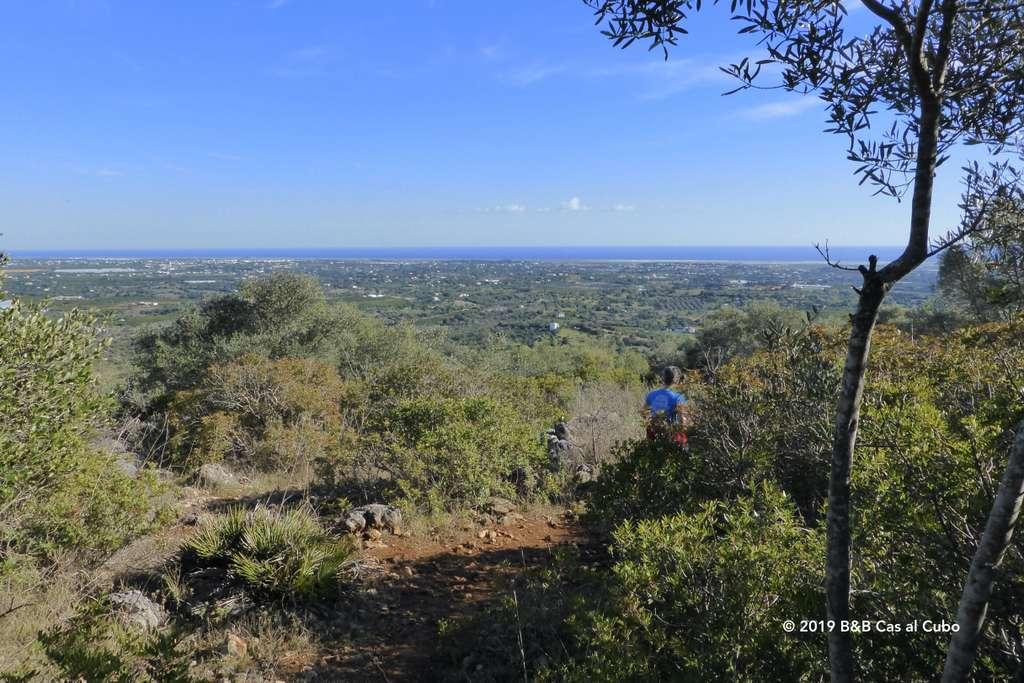 Vergezicht vanaf Cerro de Cabeça