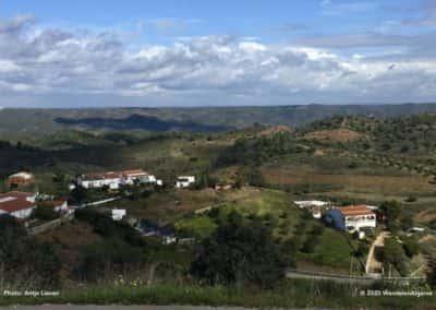 Monte de Cima, Monte de Baixo, Casa Velha en Cerro Alto zijn de gehuchten op wandeling CTM PR6