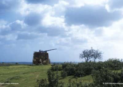 Vervallen windmolen bij Azinhal op rondwandeling CTM PR3