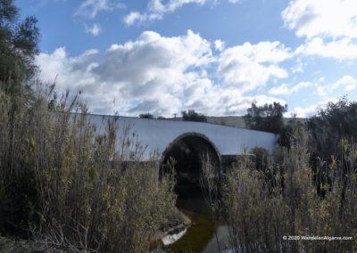 Loulé PR14 - de Romeinse brug op de wandelroute van Tôr