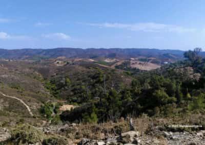 Panoramisch uitzicht over de heuvels op wandeling SBA PR5