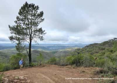 heuvellandschap rondom Barranco do Velho